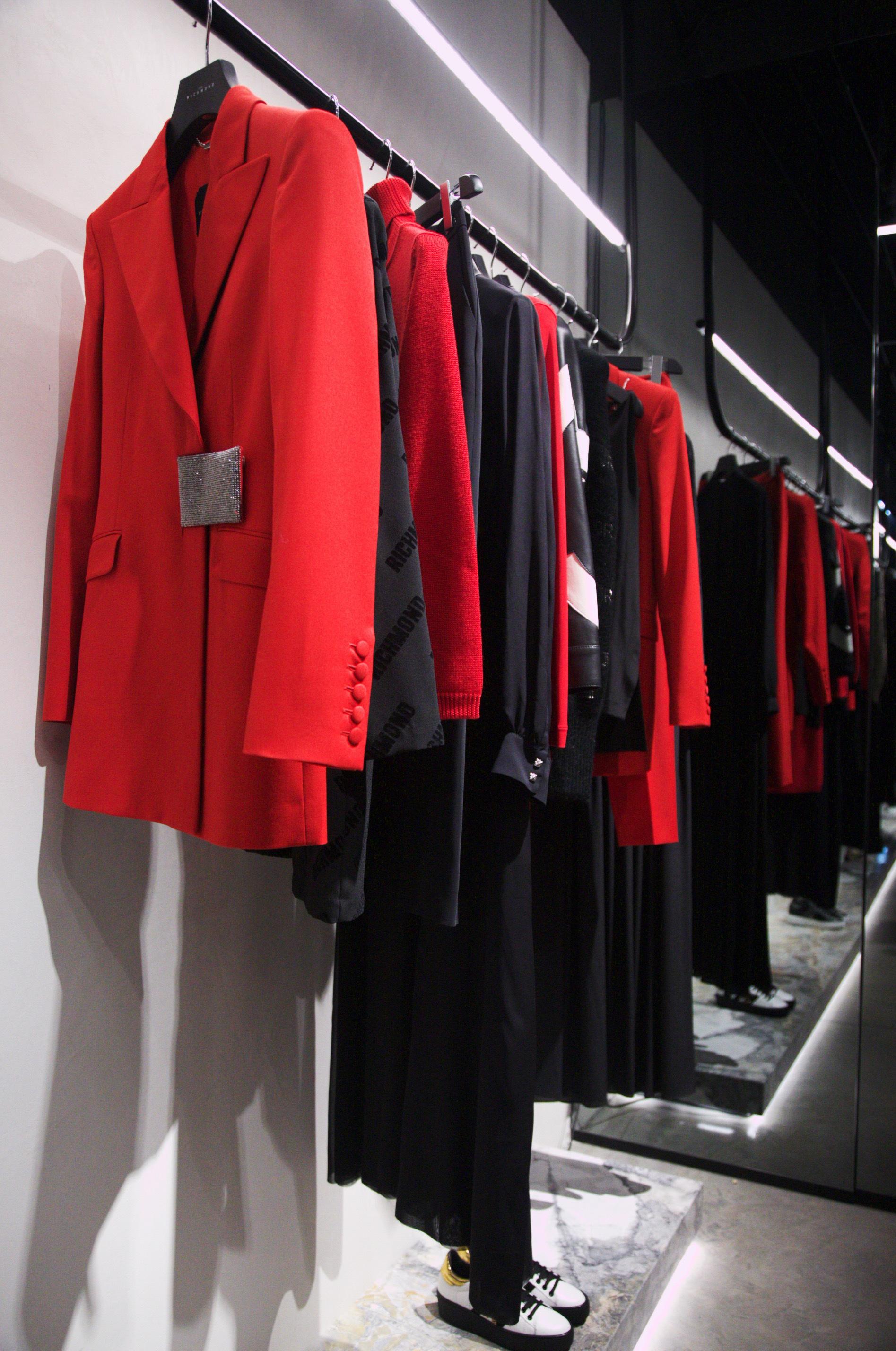 ohn Richmond, New opening boutique Milano, one more addiction, Giulia Napoli
